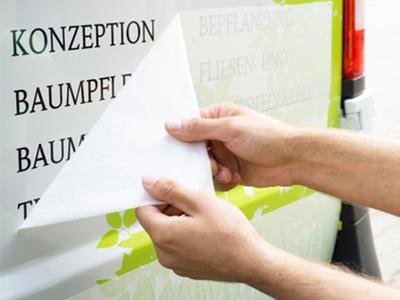 Fahrzeugbeschriftung Folienplot KFZ-Montage